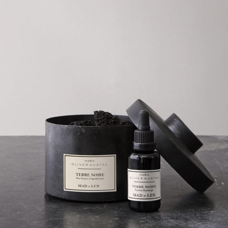 scented potpourri on lava stones with oil refill terre noire from mad et len