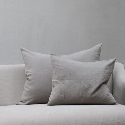 Light grey pillow in linen by Society Limonta