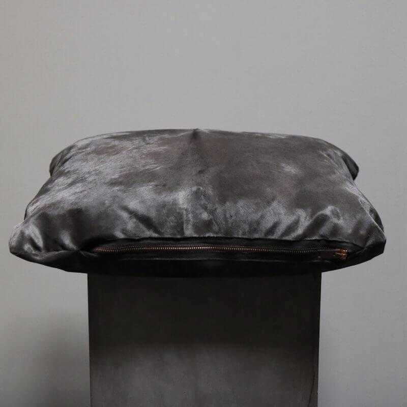 Oliver Gustav Skinpillow Medium
