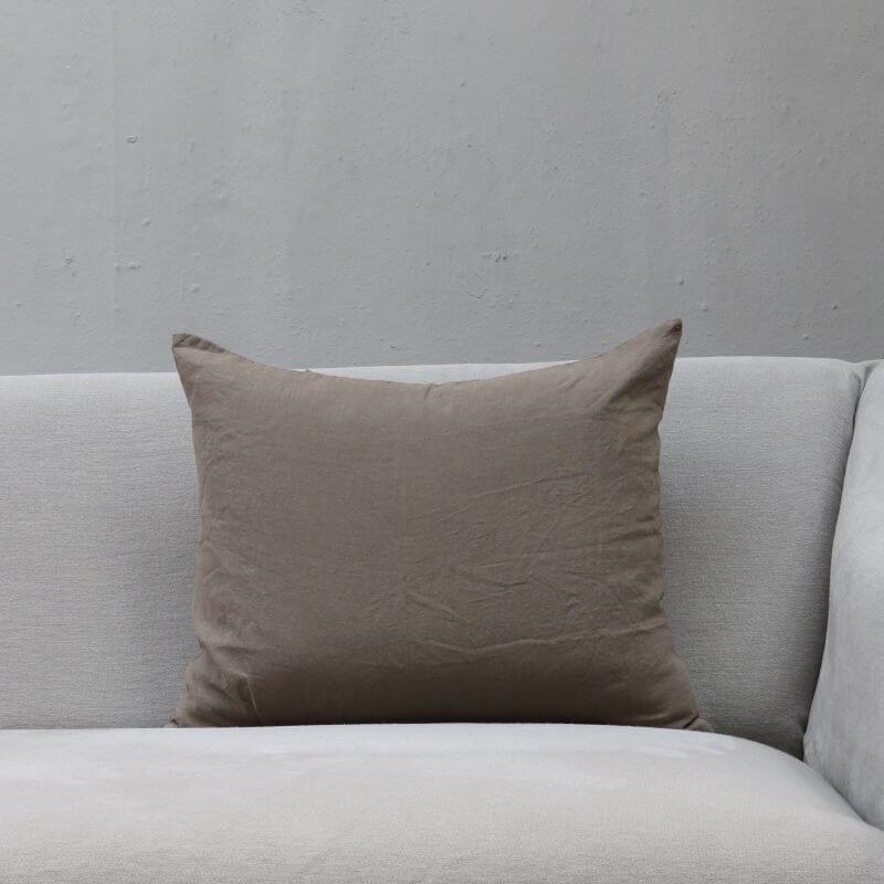 Argilla pillow in linen by Society Limonta