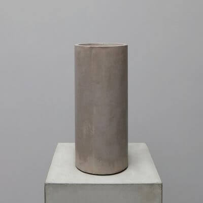 Concrete vase in grey color by michael verheyden at Studio Oliver Gustav