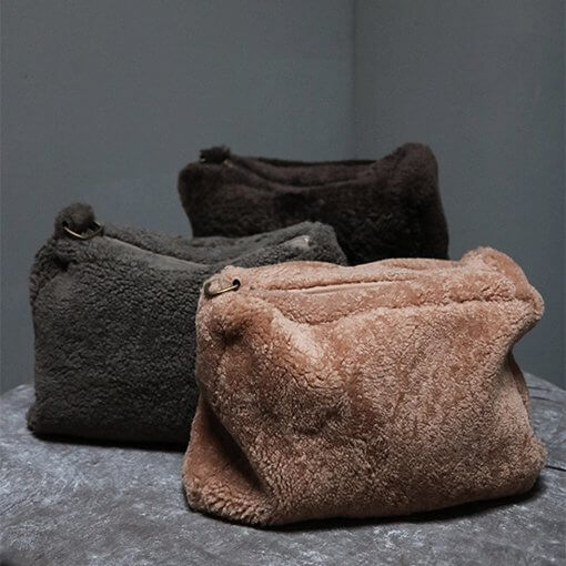 Toiletry bag in taupe lambskin from Journey by Oliver Gustav