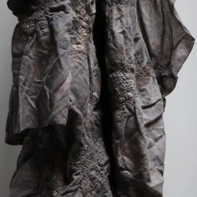 Unique blanket in grey wool by biek verstrappen