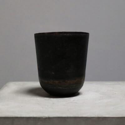 Jar made of iron
