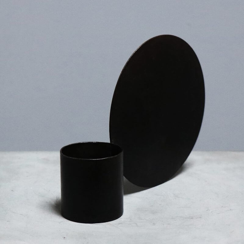 tealight holder with circle for decoration in iron
