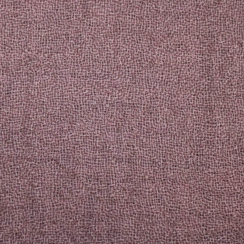 Bedcover in wool from Society Limonta in Mauve pink
