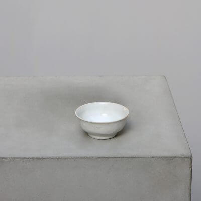 Minimalistic Chinese Porcelain bowl at Studio Oliver Gustav