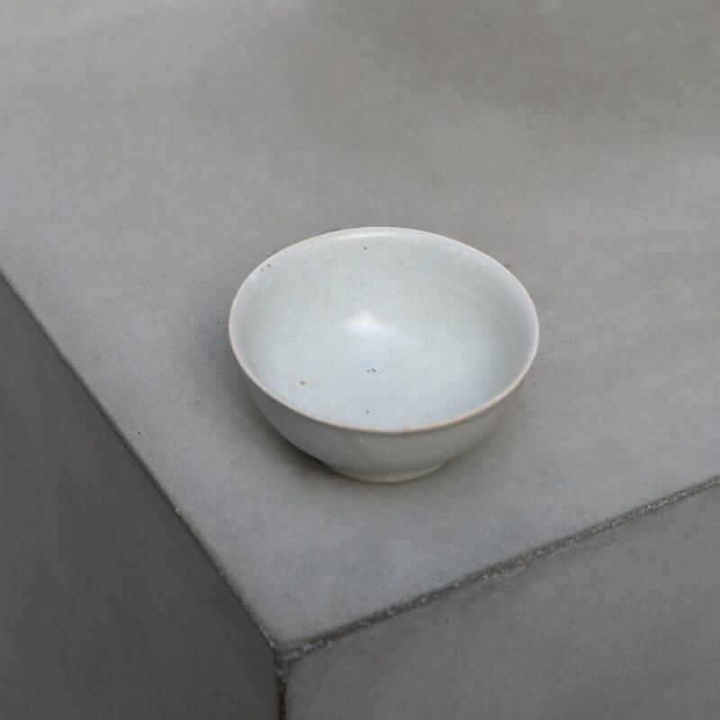 Minimalistic Chinese Porcelain bowl at Studio Oliver Gustav