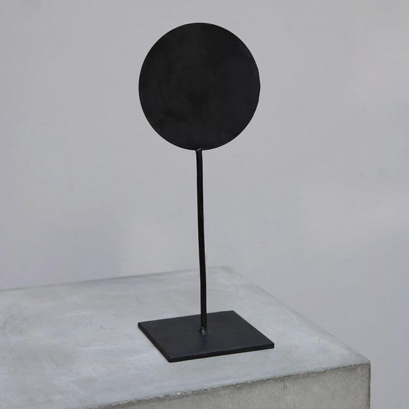 Minimalistic iron stand for home decor