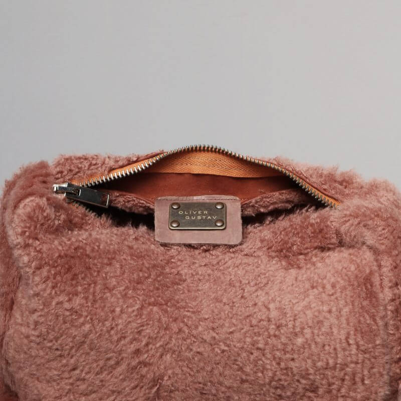 Luxury toiletry bag in lambskin from Journey by Oliver Gustav